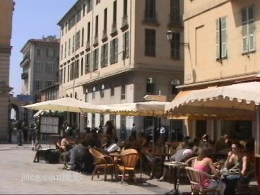 サレヤ広場